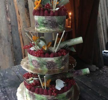 Bröllopstårta - Hallon