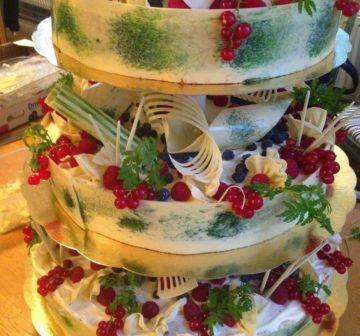 Bröllopstårta - Sommarbär